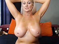 Mature But Really Seducitve Amateur Granny Mesmerizes Me