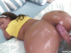 Teanna Trump Makes Guys Boner Harder Before Getting Her Wet Spot Slam Fucked Interracially