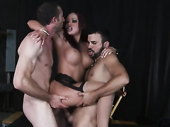 Brunette Getting Nailed Wild By The 2 Dudes