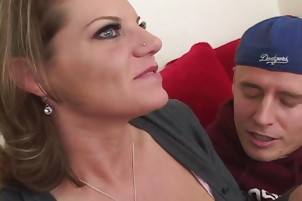 Teenage Kayla Quinn Performs Fellatio On A Big Cock In A Bedroom