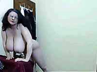 Voluptuous Mature White Lady With Gigantic Jugs Masturbating